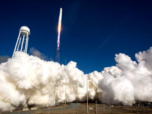 NASA продолжит использовать российские двигатели