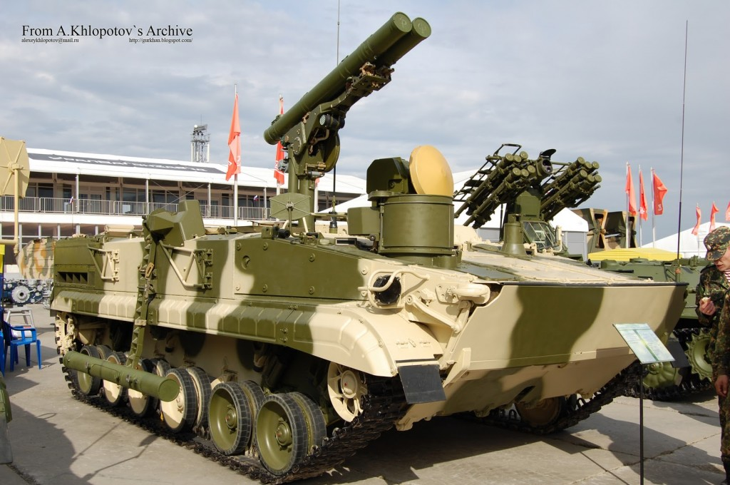 противотанковые ракетные комплексы «Хризантема-С»