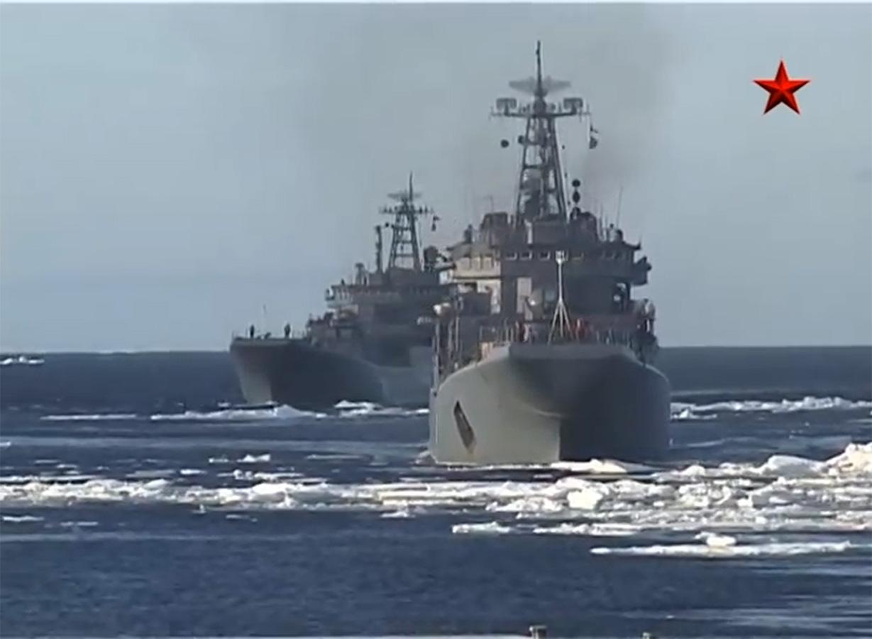 Россия возобновляет постоянное присутствие в северных широтах - остров Котельный