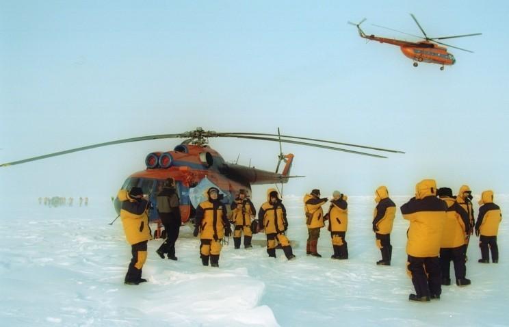 """Ледовый лагерь """"Барнео"""" начал работу в Арктике"""