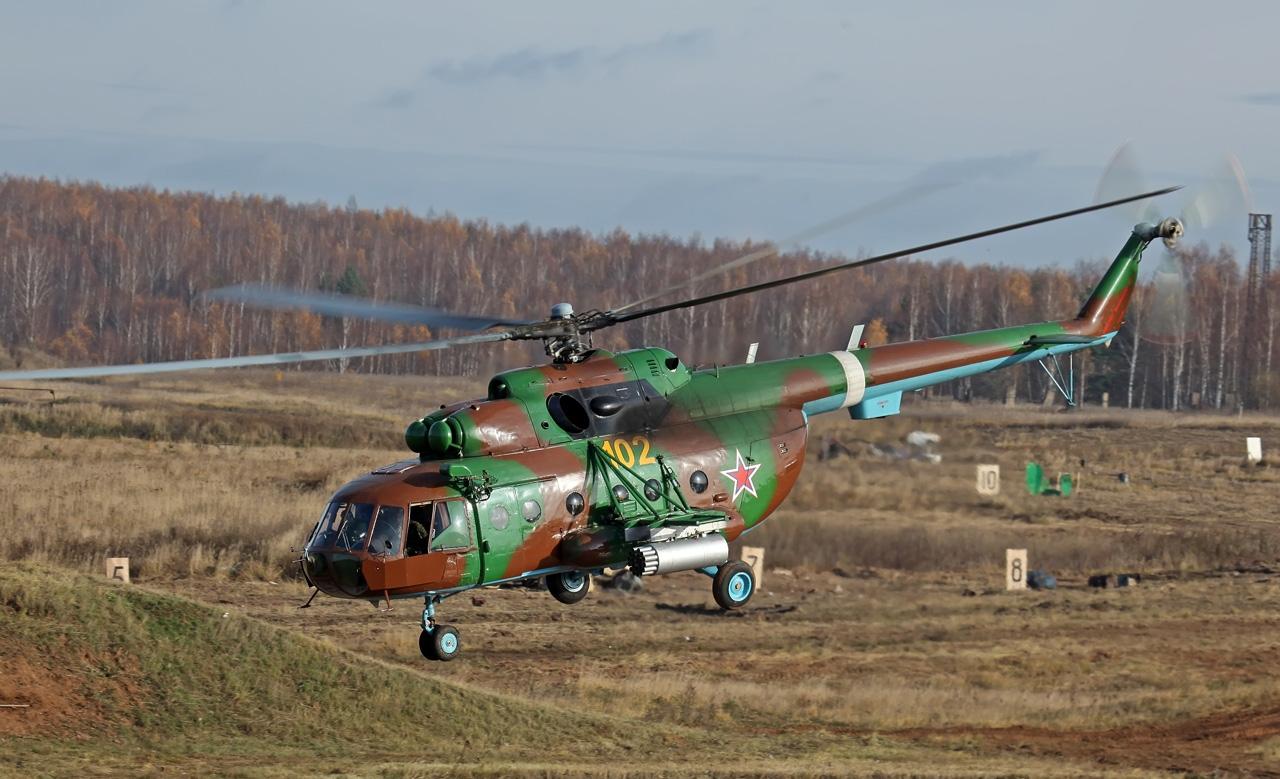 """На вооружение авиагруппы """"Камбала"""" поступили два вертолёта Ми-8МТ"""