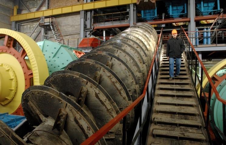 Мундыбашская обогатительная фабрика вновь начала работу