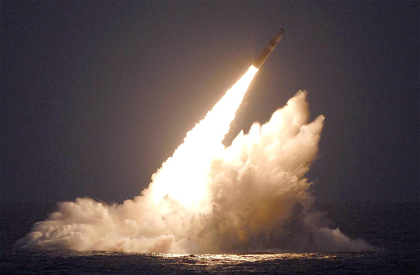 Россия вооружилась баллистической ракетой «Лайнер»