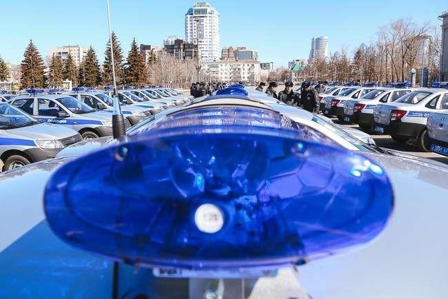 Более 40 автомобилей LADA Granta переданы полицейским Самарской области
