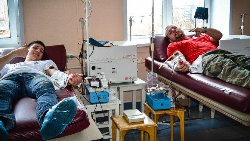 Автомотодоноры Поморья сдали 24 литра крови