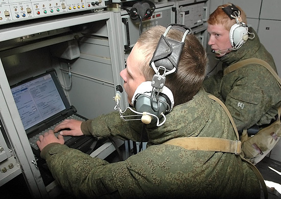 В Восточный военный округ поступили 10 современных мобильных автономных комплексов приема метеорологической информации «Сюжет-МБ»