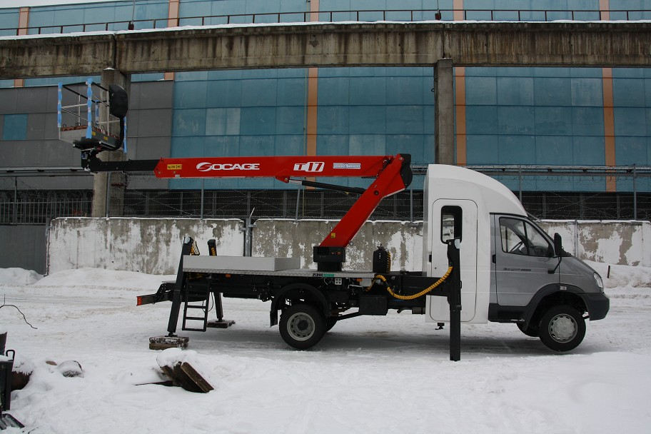 """Завод """"Чайка-Сервис"""" выпустил автогидроподъёмник на базе ГАЗ-33106 """"Валдай"""""""