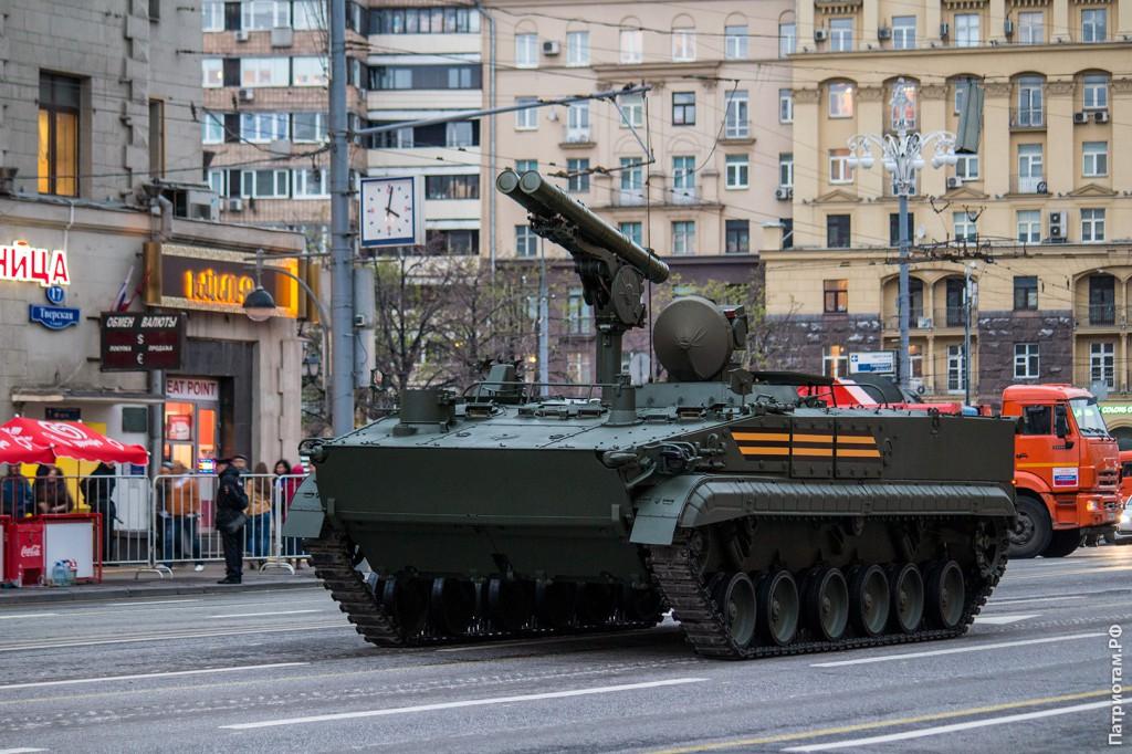 «Хризантема-С» — самоходный противотанковый ракетный комплекс.