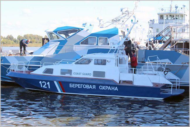 Судзавод «Вымпел» (Рыбинск) спустил на воду третий в серии катер проекта 21850 «Чибис» для ФСБ РФ (фото)