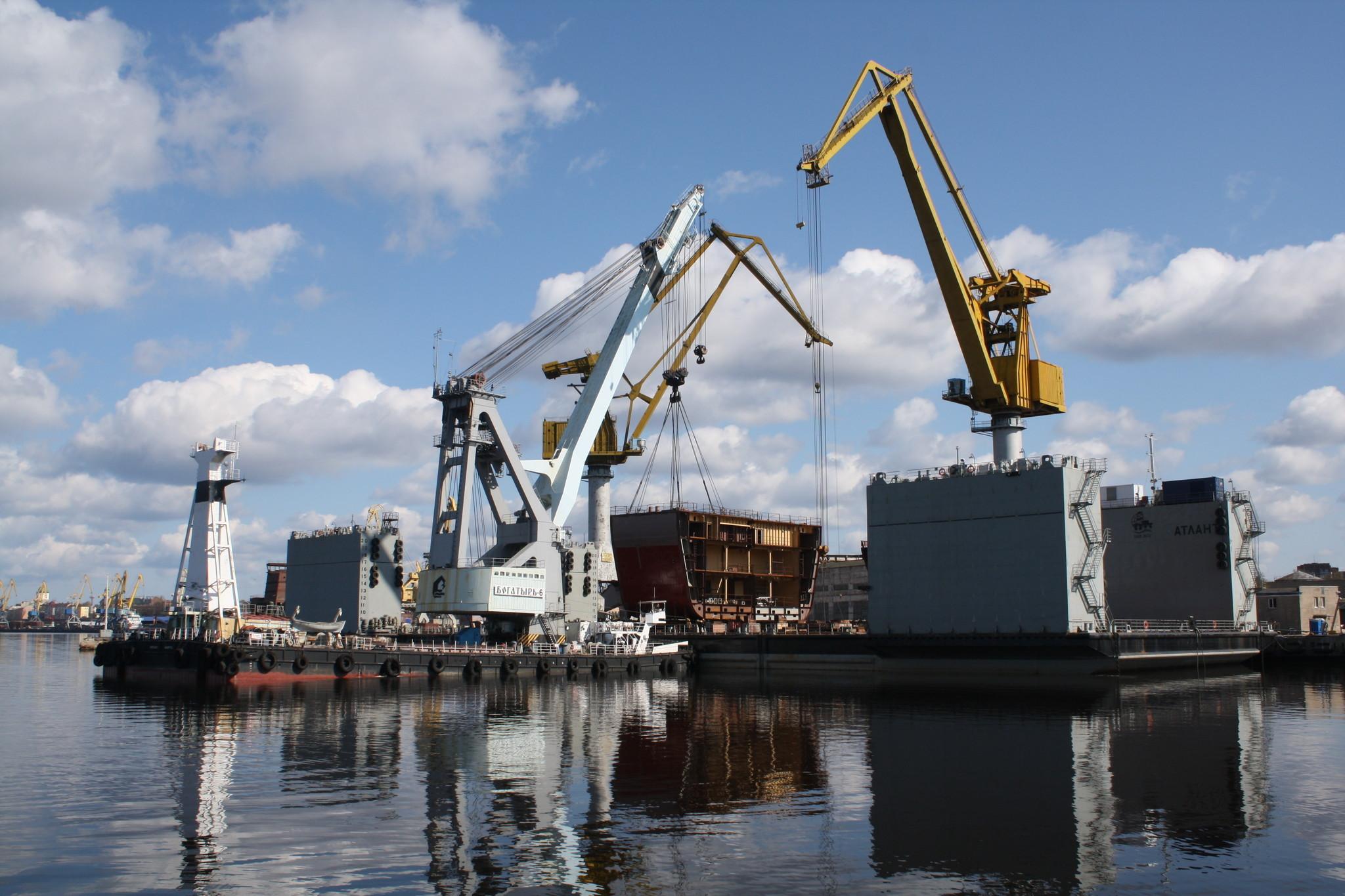 Корпус ледокола «Новороссийск» проекта 21900 М начали формировать на ВСЗ