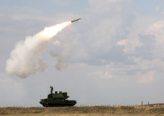 До конца мая с.г. на боевое дежурство в Подмосковье заступят два новых зенитных ракетных полка ЗВО