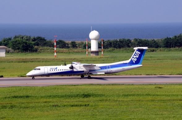 Ростех получил около 50 заказов на самолет Q400