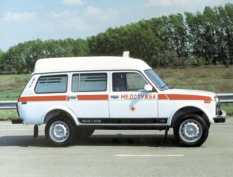Автопарк ростовских поликлиник пополнился машинами неотложной помощи