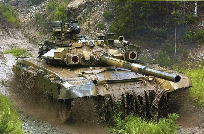 Россия завершила поставку в Азербайджан партии из 100 танков Т-90С