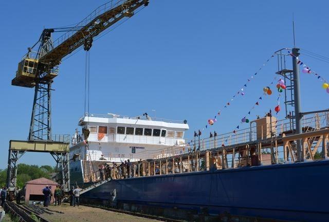 На Костромском судостроительном – судоремонтном заводе состоялся спуск на воду нового танкера