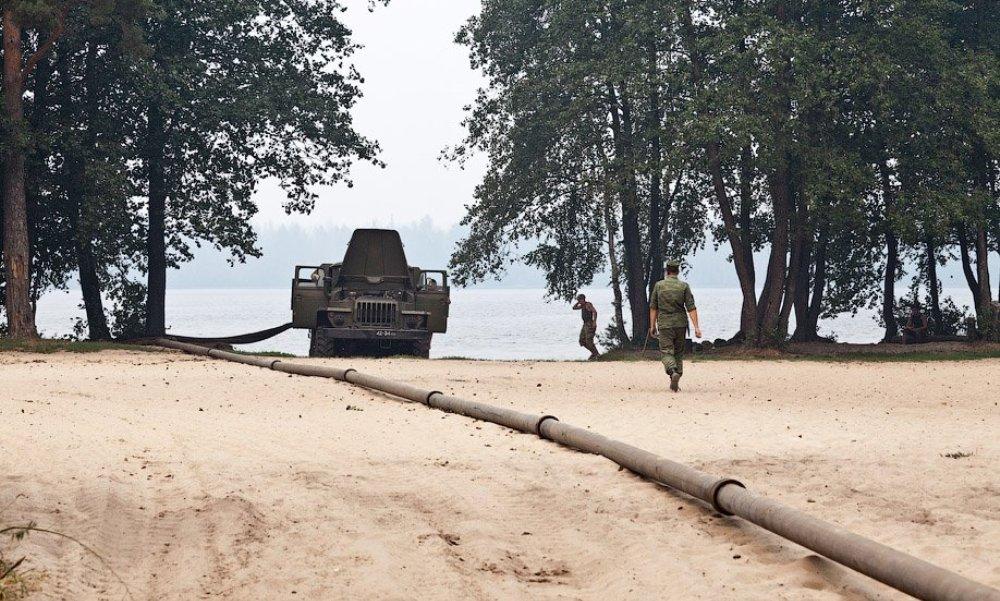В Крыму трубопроводные войска России приступили к подаче пресной воды из артезианских скважин