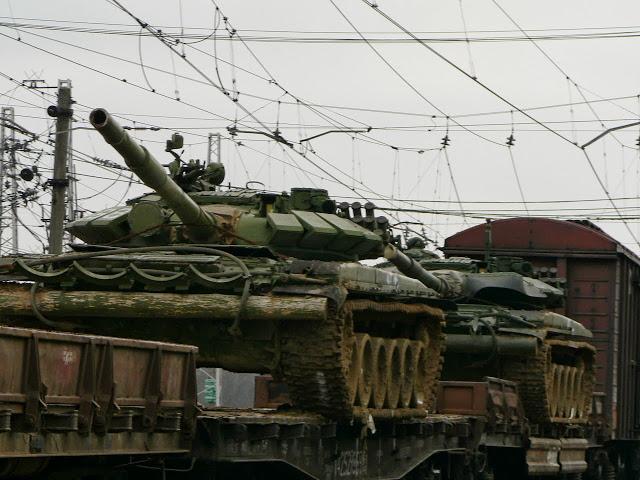 Войска, завершившие плановые мероприятия боевой учебы на полигонах, возвращаются в пункты дислокации