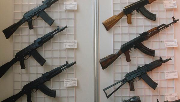 Число покупателей российского стрелкового оружия увеличилось