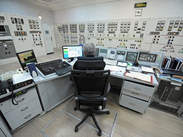 Специалисты КРЭТ готовят к запуску ГЭС во Вьетнаме