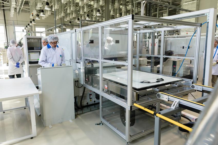 Стартовал запуск нового производства солнечных модулей в Новочебоксарске