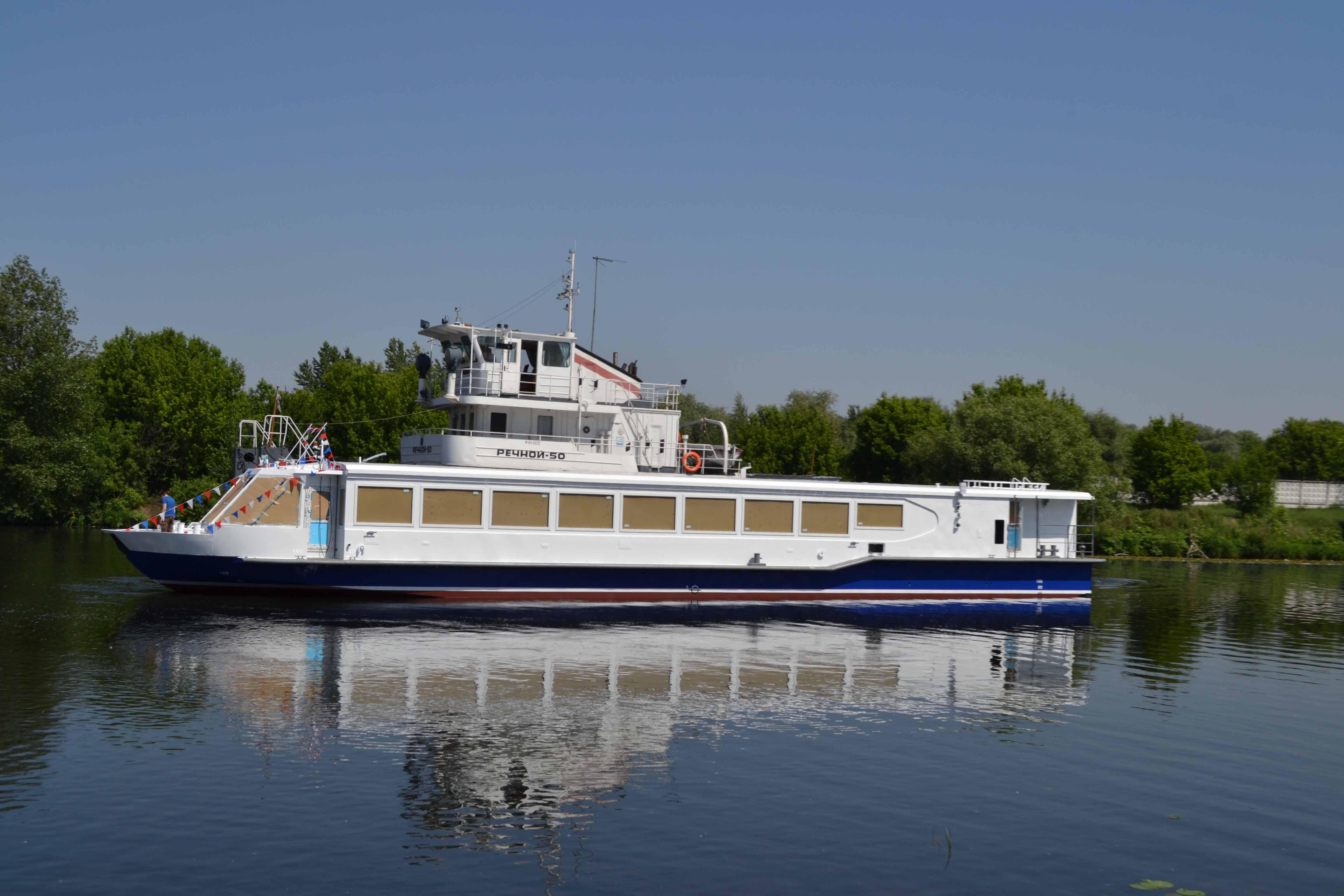 На МССЗ спущено головное пассажирское судно для Астраханской области