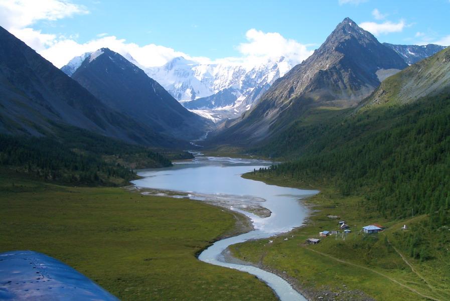 В Республике Алтай началось строительство крупнейшей в России солнечной электростанции
