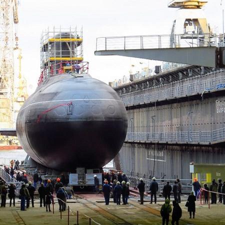 Подводная лодка «Ростов-на-Дону» спущена на воду