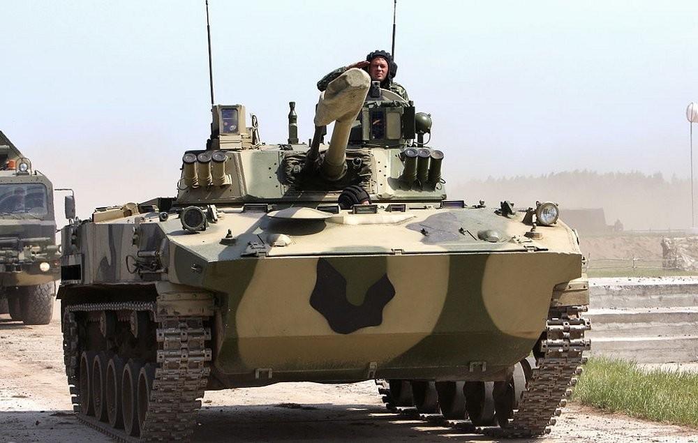 В Тульское соединение Воздушно-десантных войск поставлено 8 модернизированных БМД-4М