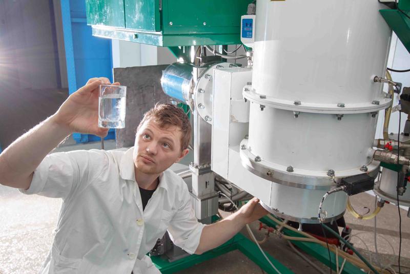 Инновационная разработка ТПУ «Комплекс подготовки воды «Гейзер-ТМ-10» стала лучшей на выставке ИНОПРОМ-2014