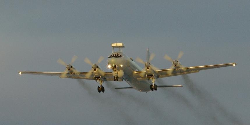 Завершилась модернизация первого серийного противолодочного самолета Ил-38Н
