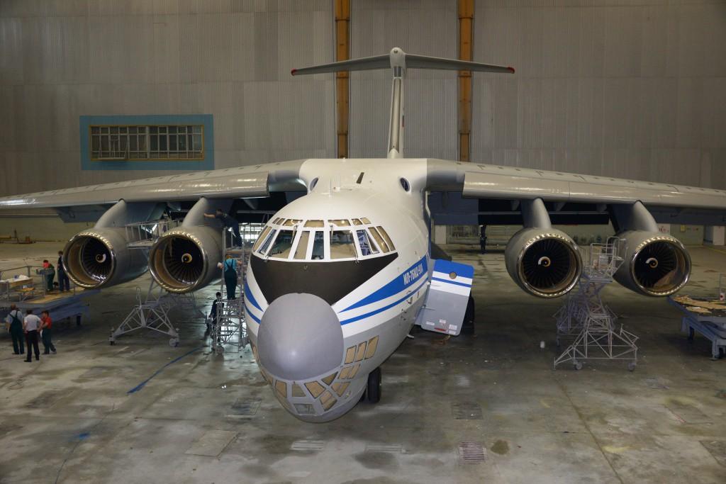 il-76md-90a-na_pokraske