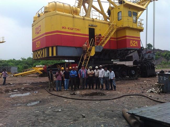 На индийском угольном разрезе начал работать экскаватор ЭКГ-10 отечественного производства