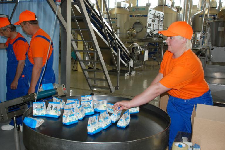Минусинский молокозавод запустил две линии по изготовлению и упаковке творога и сыров
