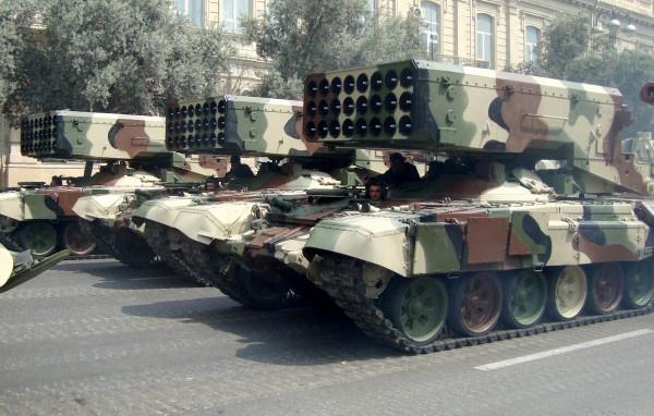 Россия начала поставку Ираку тяжелых огнеметных систем ТОС-1А «Солнцепек»