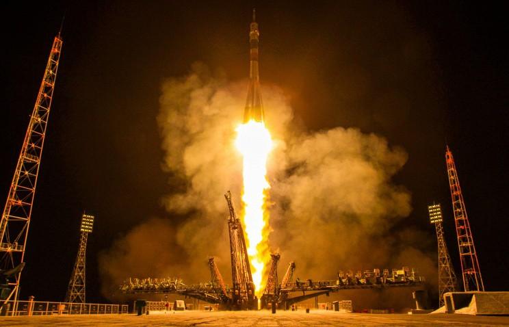 """Российский """"Союз-СТ"""" вывел на орбиту четыре евроспутника"""