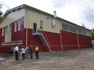 В Иркутске при школе №63 построили спортзал