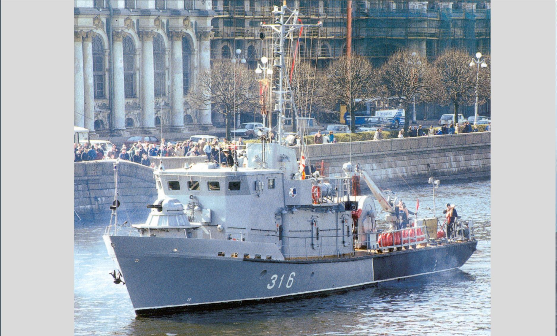 Средне-Невский судостроительный завод произвел закладку судна по заказу Казахстана