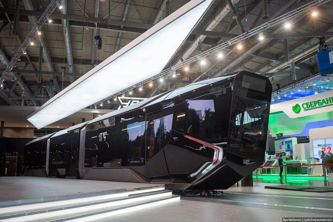 Новый русский трамвай (Уралвагонзавод, Екатеринбург)