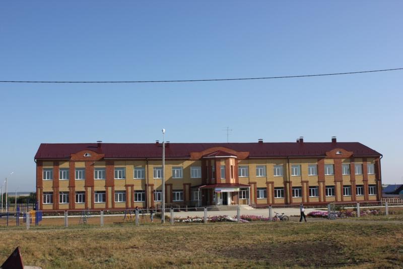 В Урмарском районе Чувашии построена новая дорога к новой школе