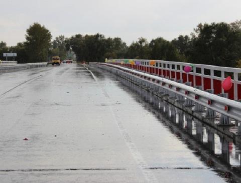 Новый автомобильный мост открылся под Новосибирском Новый автомобильный мост открылся под Новосибирском