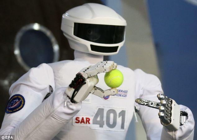 Начата разработка российского робота-космонавта