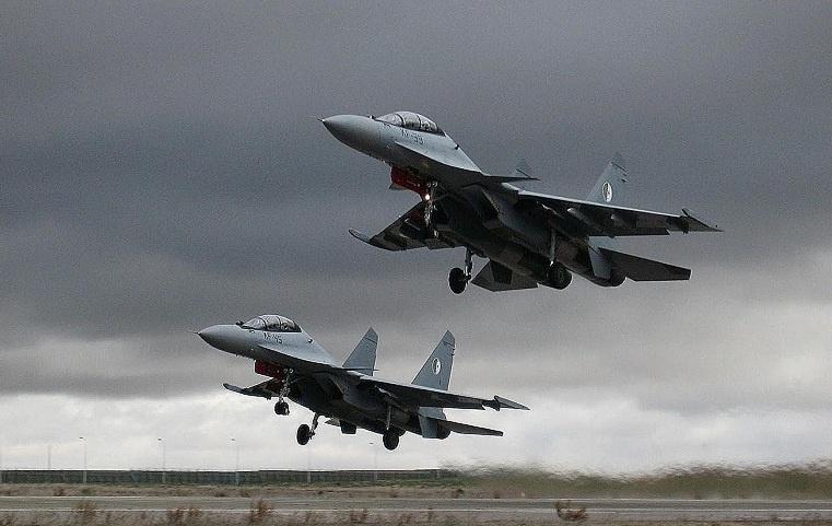 MKIA Истребители Су-30МКИ(А) ВВС Алжира (бортовые номера KF-39 иKF-45). 2012 год ©DEMAHOM 16 / www.forcesdz.com