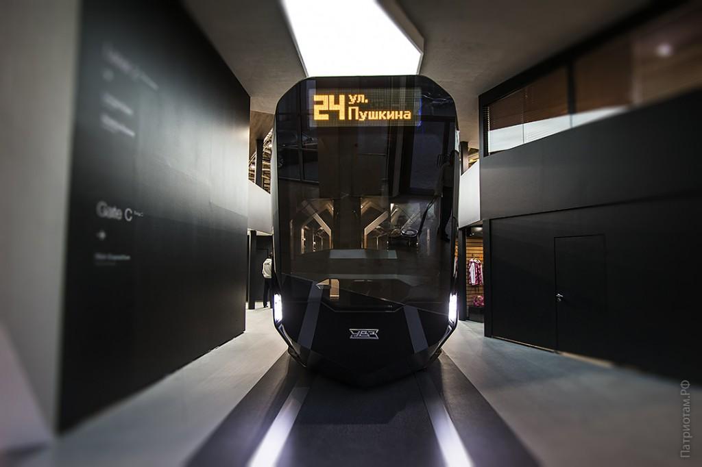 005_tramvaj_r1_uvz