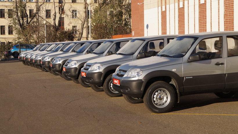 Новые автомобили отправились в девять районов области