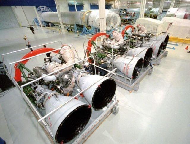 НПО «Энергомаш» отправило в США два ракетных двигателя РД-180