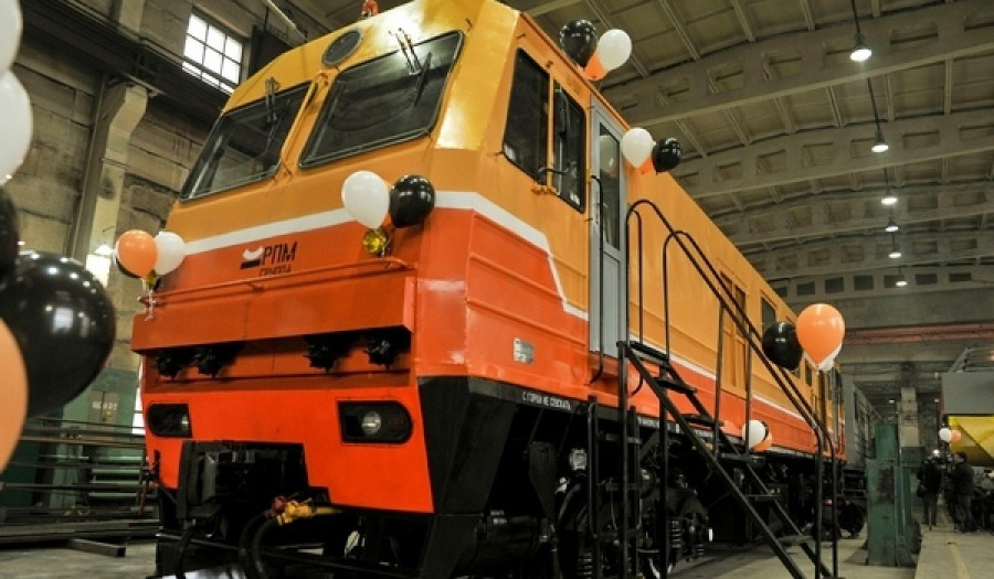В Прикамье выпущен на рельсы снегоуборочный поезд нового поколения