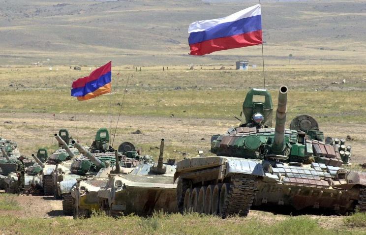В Армении впервые проходят масштабные учения военной базы ЮВО