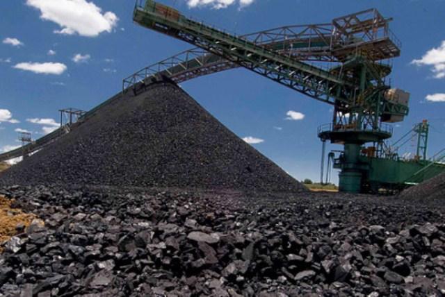 Крым получил первые 400 тонн угля из России