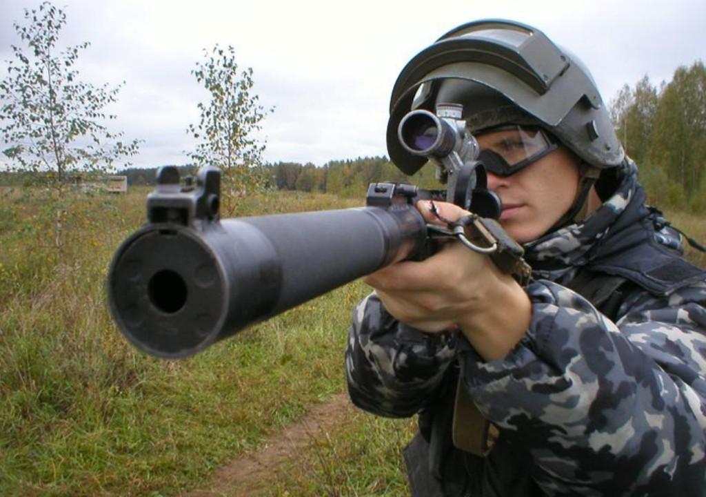Бесшумные снайперские винтовки поступили на российскую военную базу в Таджикистане