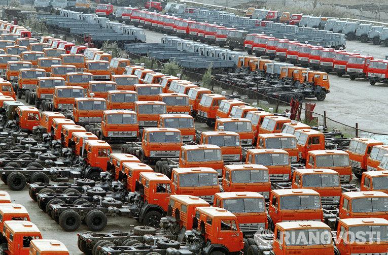 Туркмения закупит почти 1,5 тысячи автомобилей КамАЗ на $125 млн